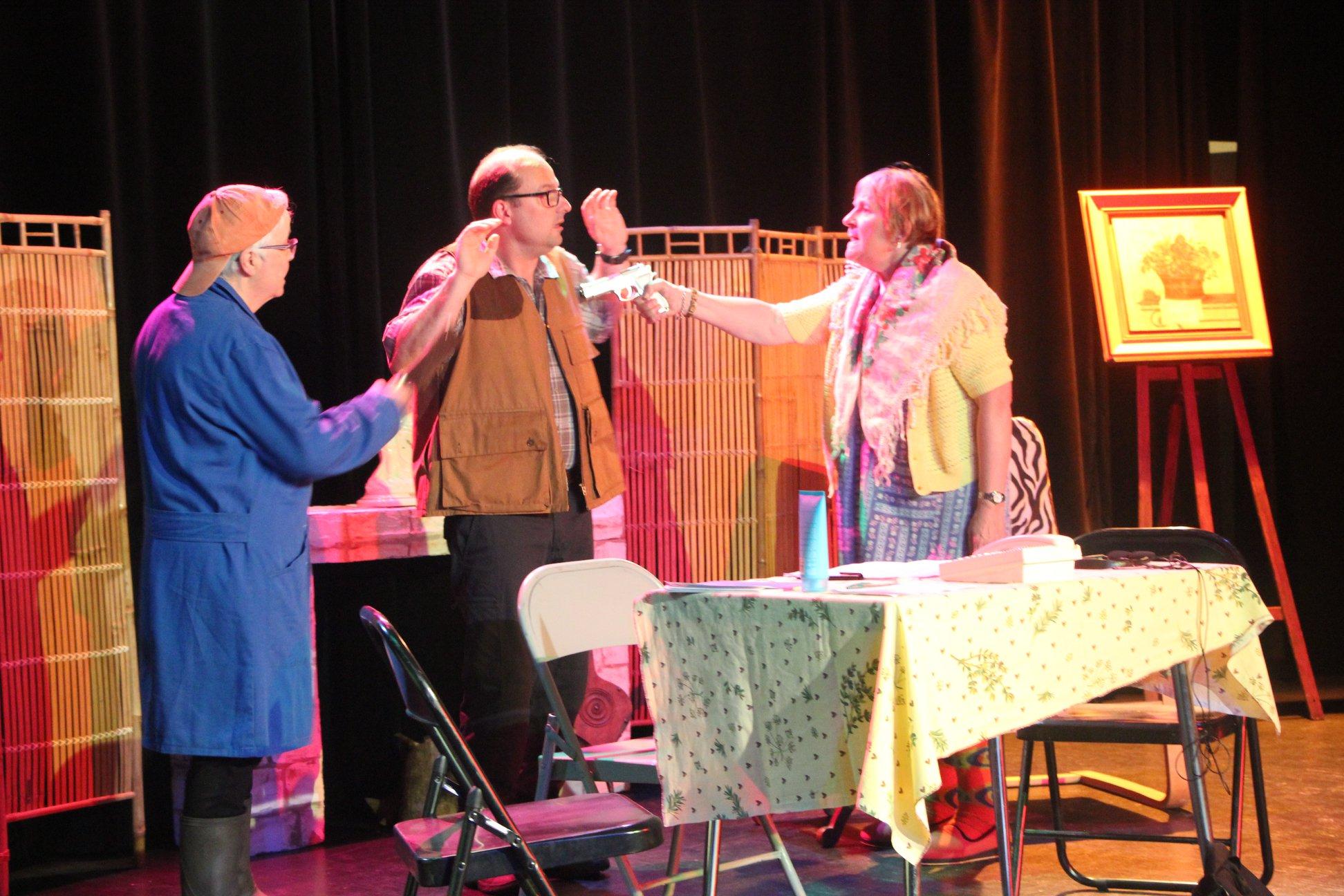 25 mai : représentation théâtrale par la troupe PIN VERT COMPAGNIE
