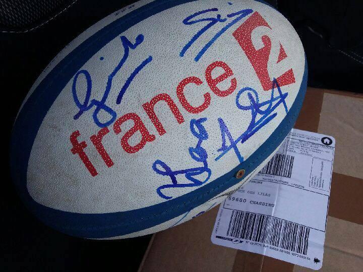 ballon du XV de France signé